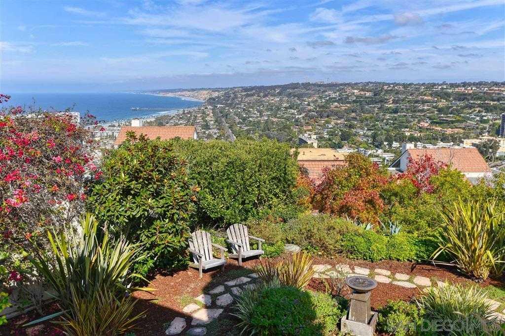 $2,180,000 - 3Br/3Ba -  for Sale in Colony Hill, La Jolla