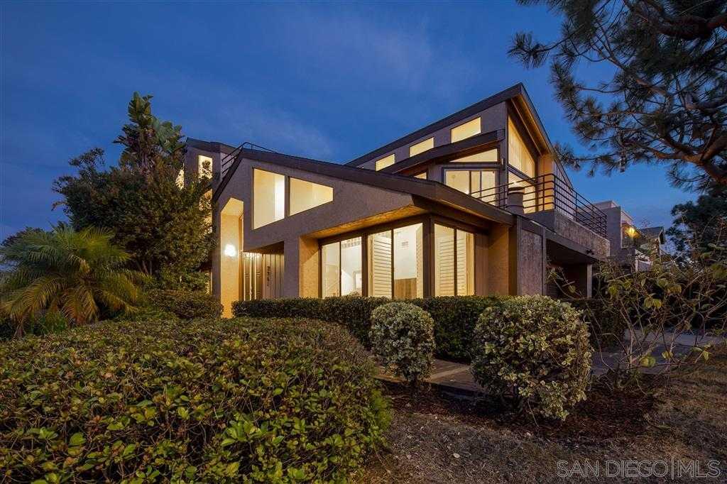 $2,149,000 - 4Br/4Ba -  for Sale in Del Mar Heights, Del Mar