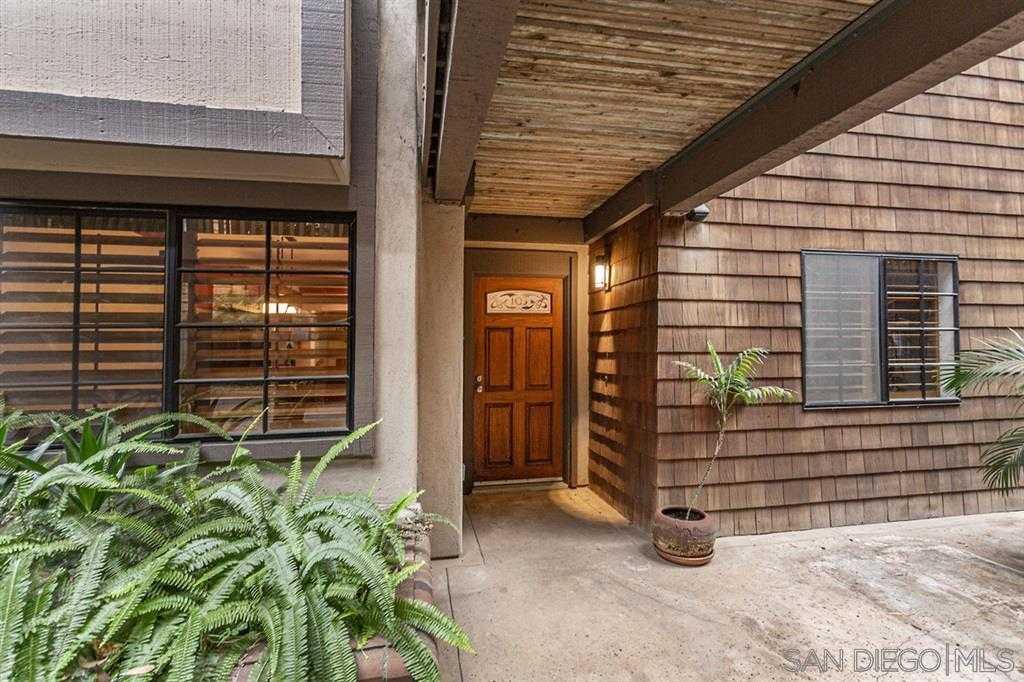 $639,000 - 2Br/2Ba -  for Sale in Boardwalk, La Jolla