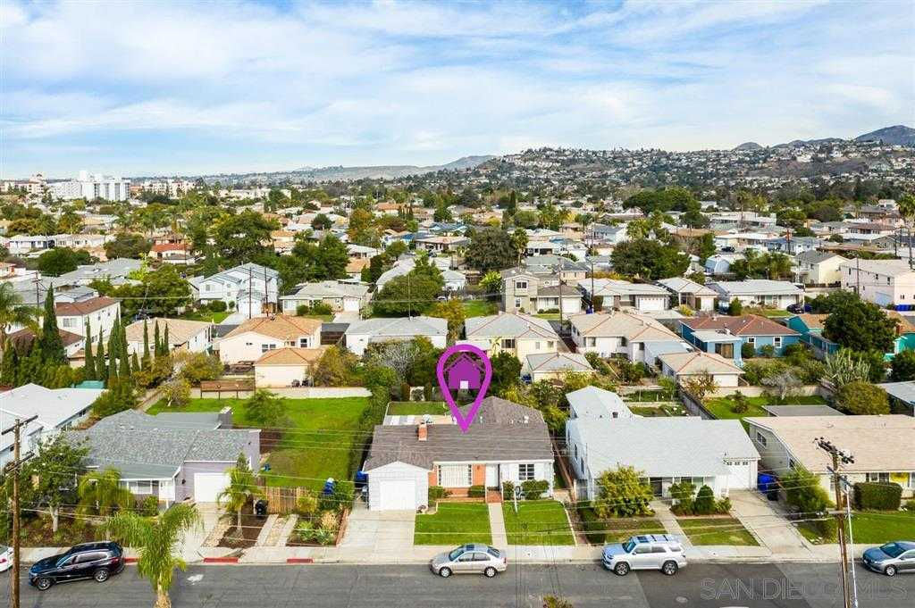 $550,000 - 3Br/1Ba -  for Sale in College, San Diego
