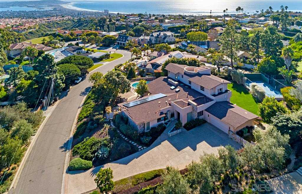 $4,100,000 - 4Br/7Ba -  for Sale in La Jolla Mesa, La Jolla