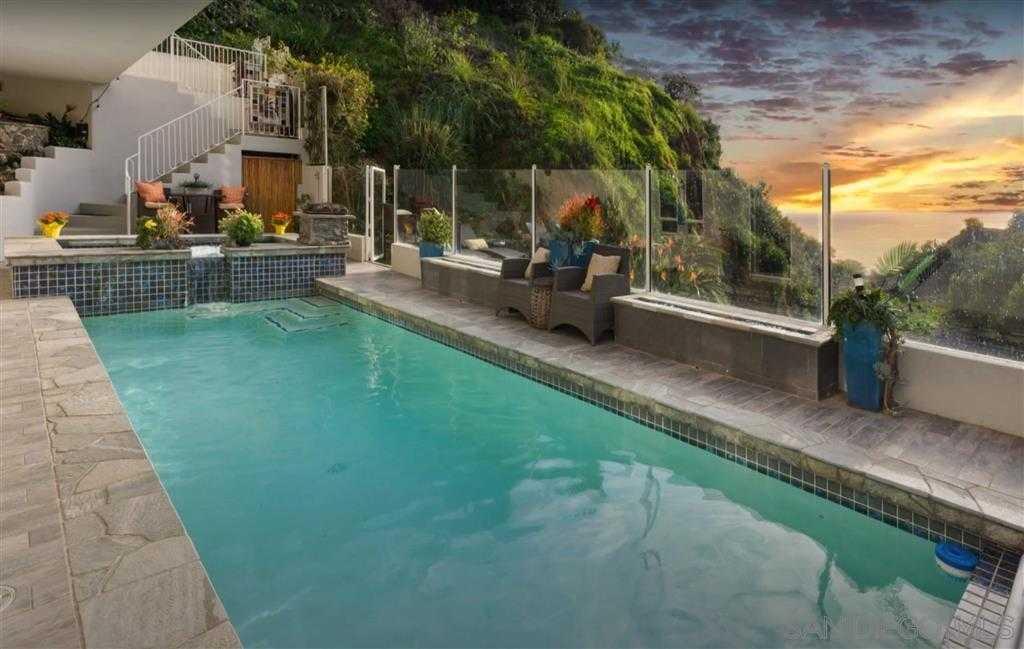 $3,498,000 - 5Br/6Ba -  for Sale in Muirlands, La Jolla