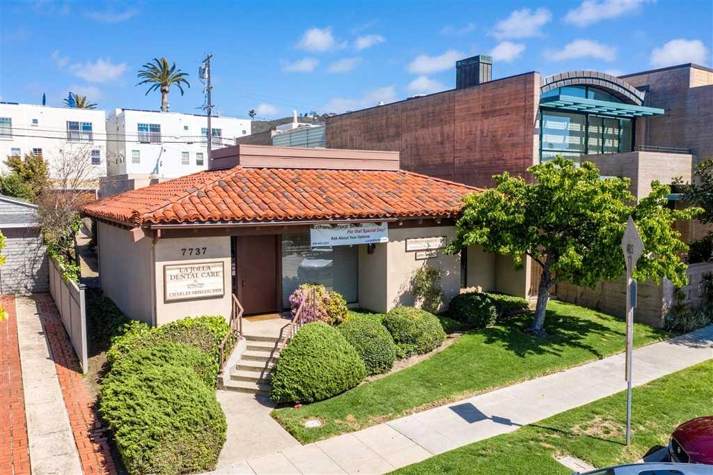 $2,995,000 - 0Br/0Ba -  for Sale in La Jolla Village, La Jolla