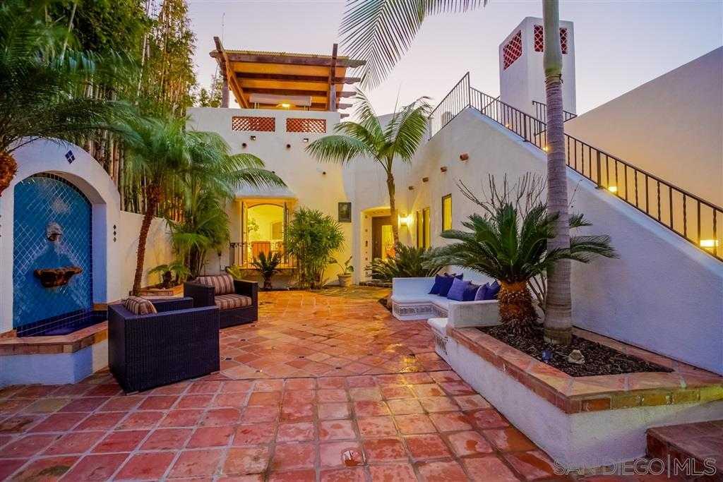 $3,375,000 - 4Br/3Ba -  for Sale in Beach Barber Tract, La Jolla