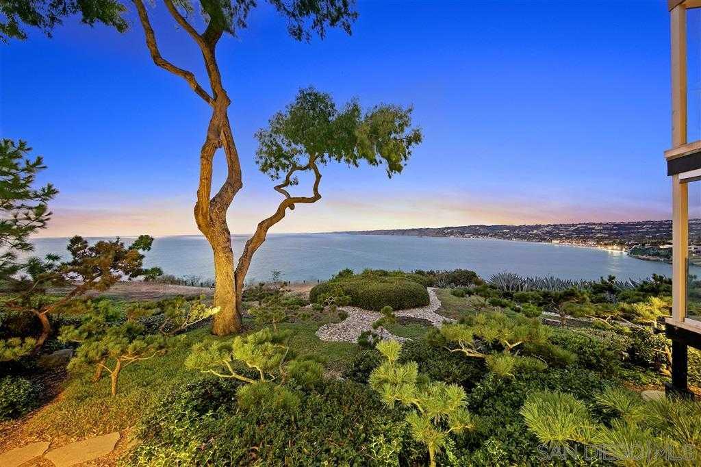 $4,750,000 - 3Br/3Ba -  for Sale in Village, La Jolla