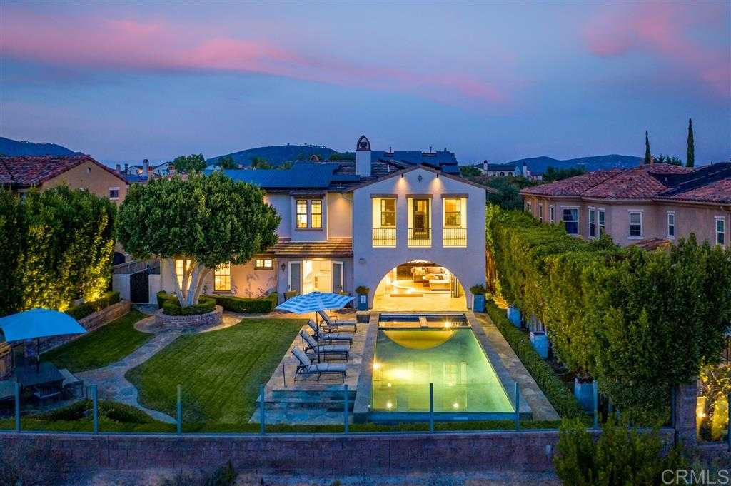 $1,993,000 - 5Br/5Ba -  for Sale in Avaron, San Diego
