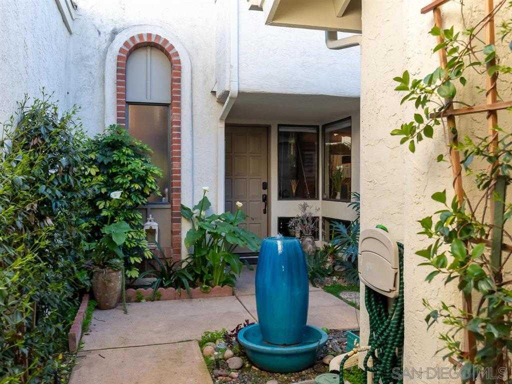 $899,000 - 3Br/3Ba -  for Sale in Whispering Palms, Rancho Santa Fe