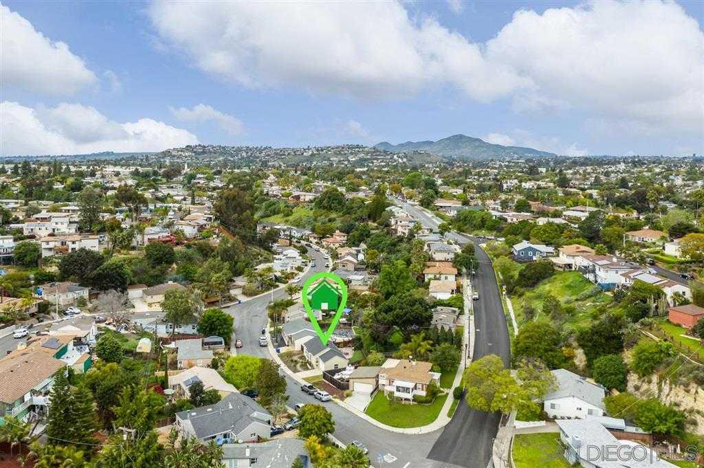 $525,000 - 2Br/1Ba -  for Sale in Rolando, San Diego