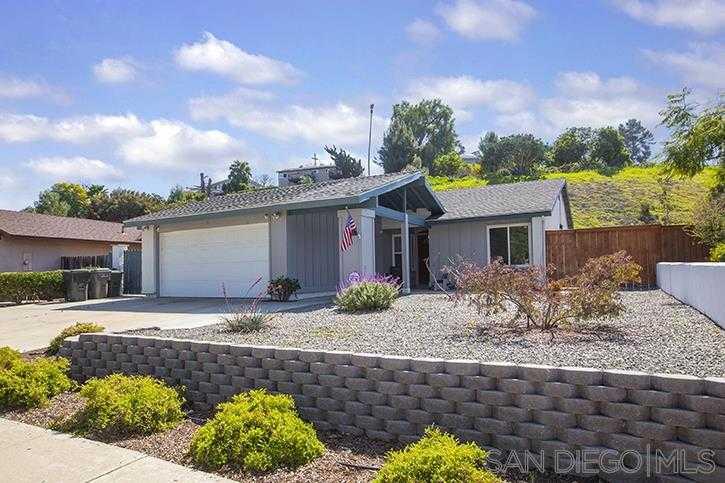 $629,900 - 3Br/2Ba -  for Sale in Helix Highlands, La Mesa