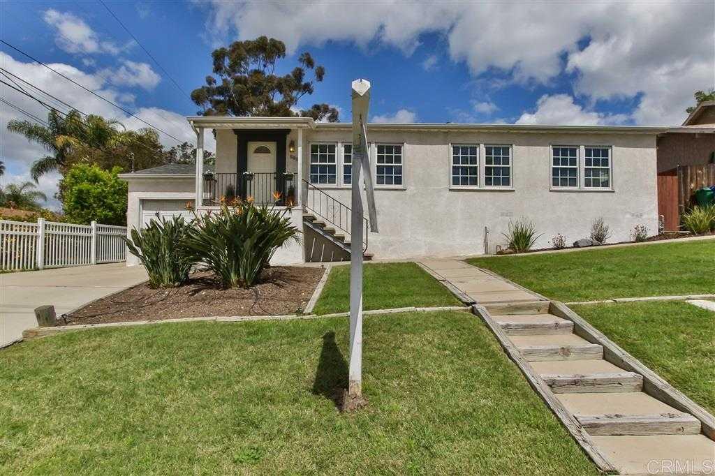 $699,000 - 4Br/3Ba -  for Sale in Fletcher Hills, El Cajon