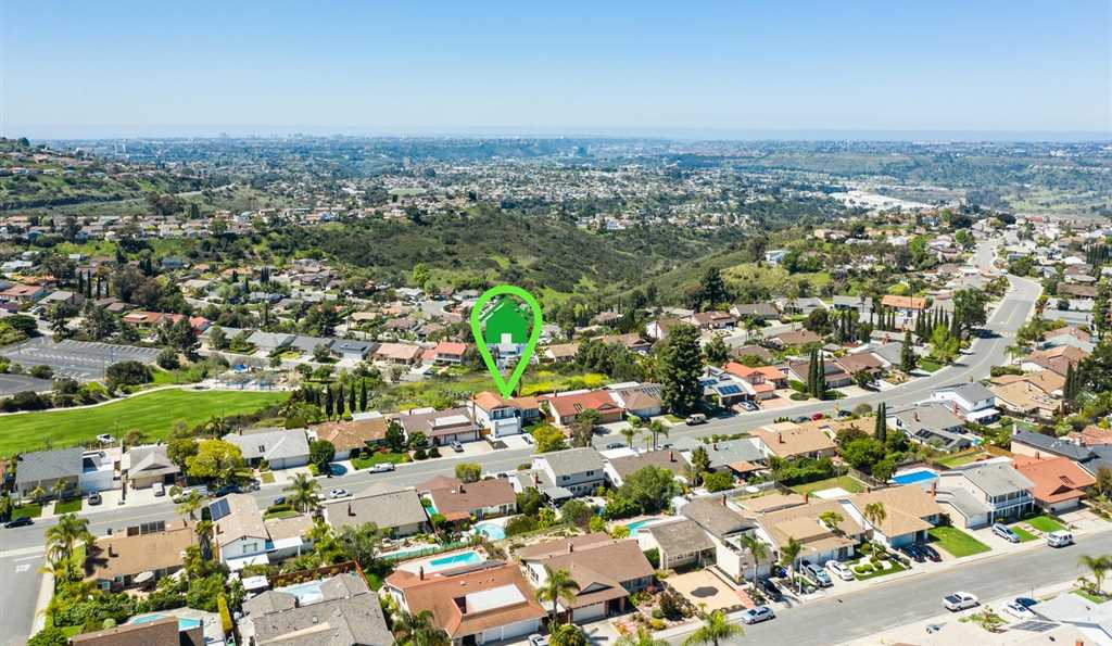 7956 Laurelridge San Diego, CA 92120