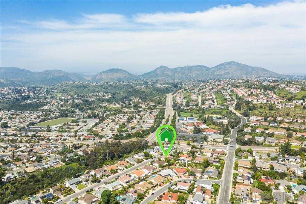 5981 Bounty San Diego, CA 92120
