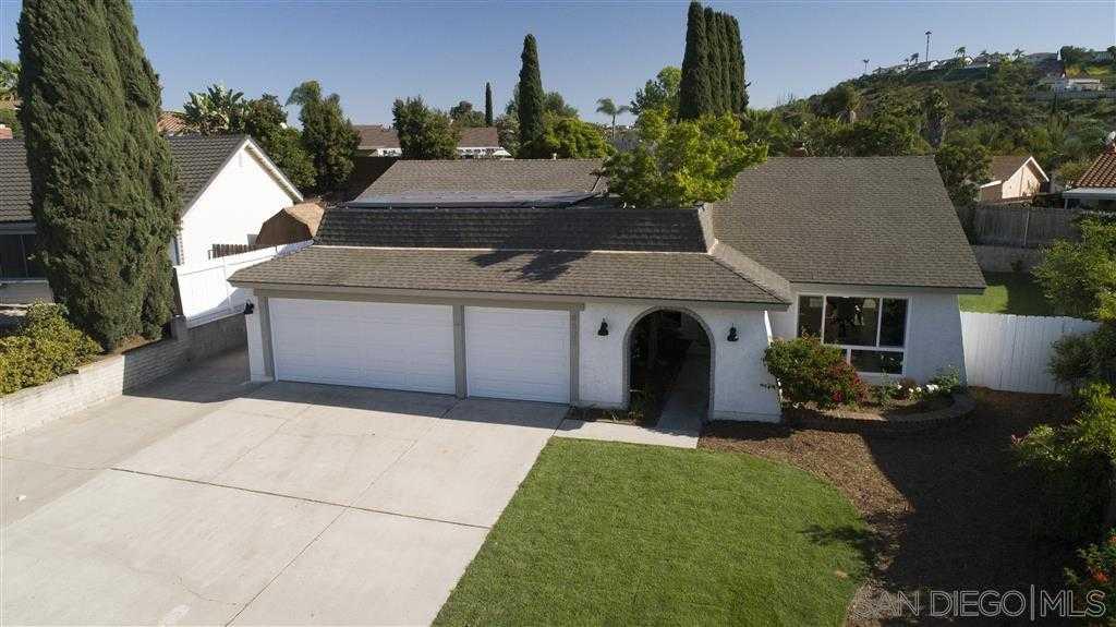 6525 Decanture St San Diego, CA 92120