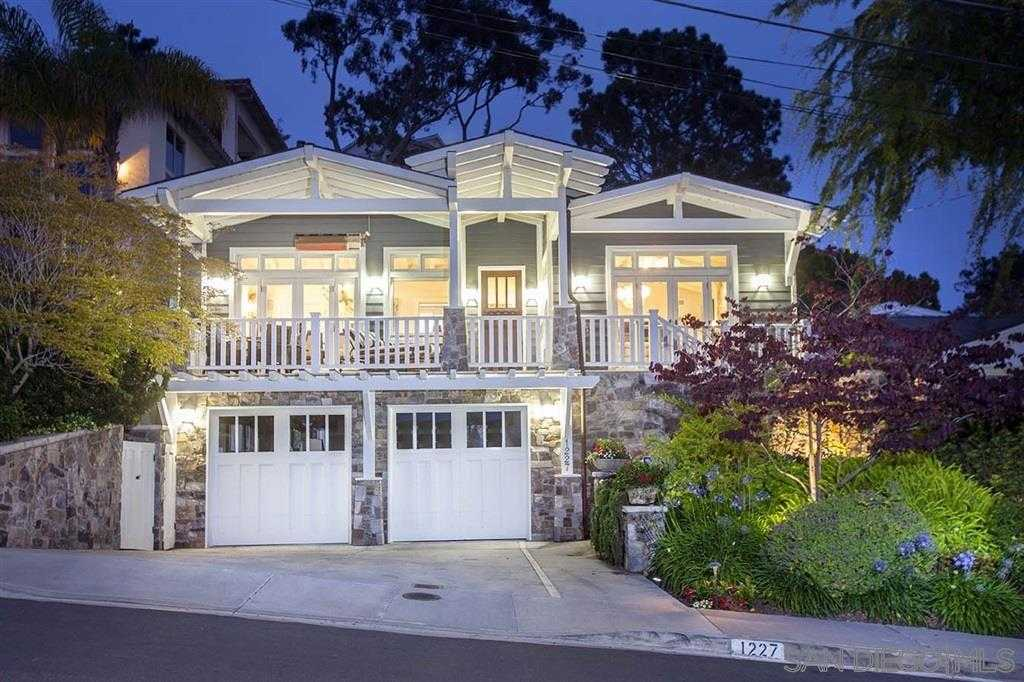 $2,495,000 - 3Br/3Ba -  for Sale in Country Club, La Jolla