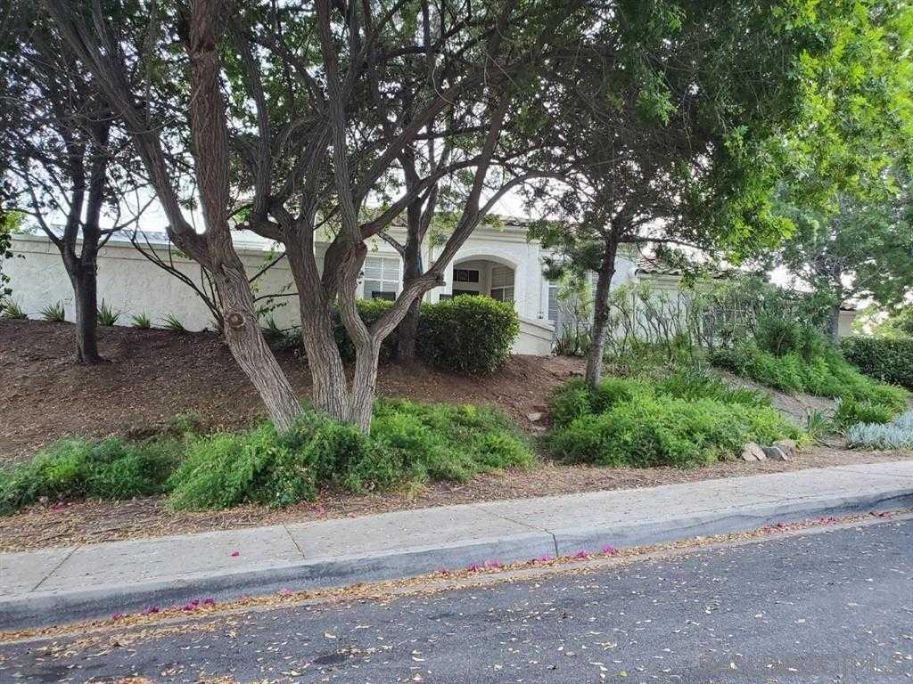 $549,900 - 3Br/2Ba -  for Sale in Rancho San Diego, El Cajon