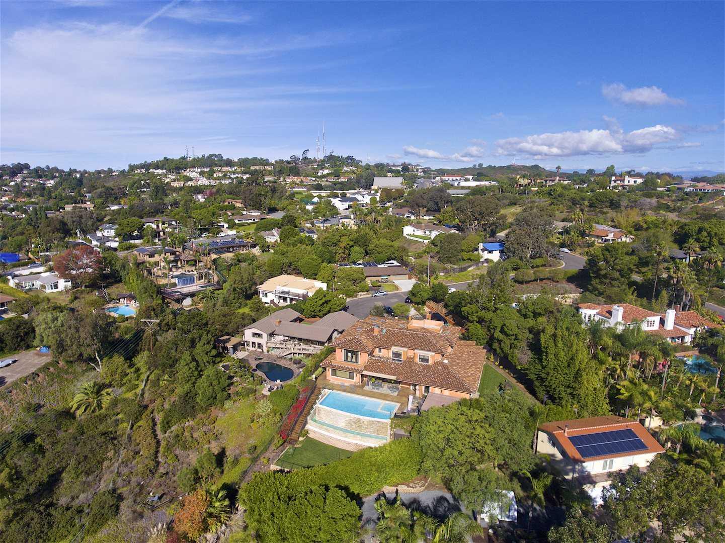 $5,485,000 - 5Br/8Ba -  for Sale in Muirlands, La Jolla