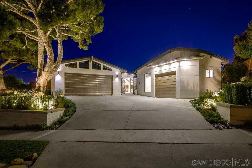 $4,190,000 - 5Br/6Ba -  for Sale in Palisades, La Jolla