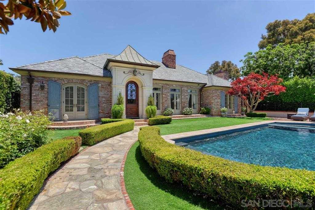 $6,750,000 - 5Br/7Ba -  for Sale in Lower Hermosa, La Jolla