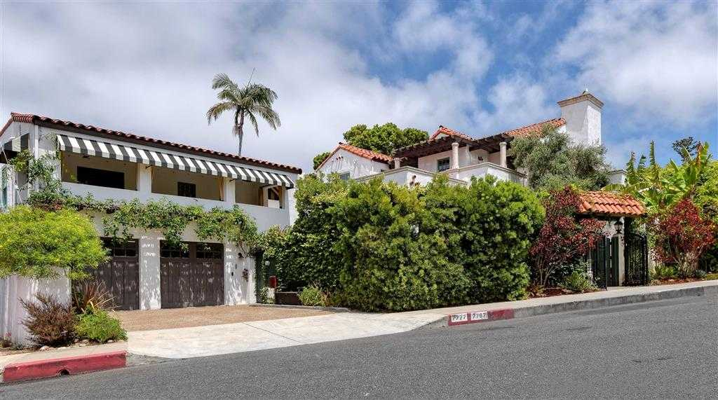 $3,195,000 - 4Br/5Ba -  for Sale in Village, La Jolla