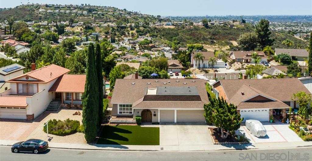 8010 Laurelridge San Diego, CA 92120