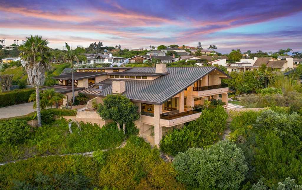 $7,250,000 - 4Br/5Ba -  for Sale in Muirlands, La Jolla