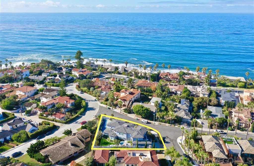 $5,295,000 - 5Br/5Ba -  for Sale in Lower Hermosa, La Jolla
