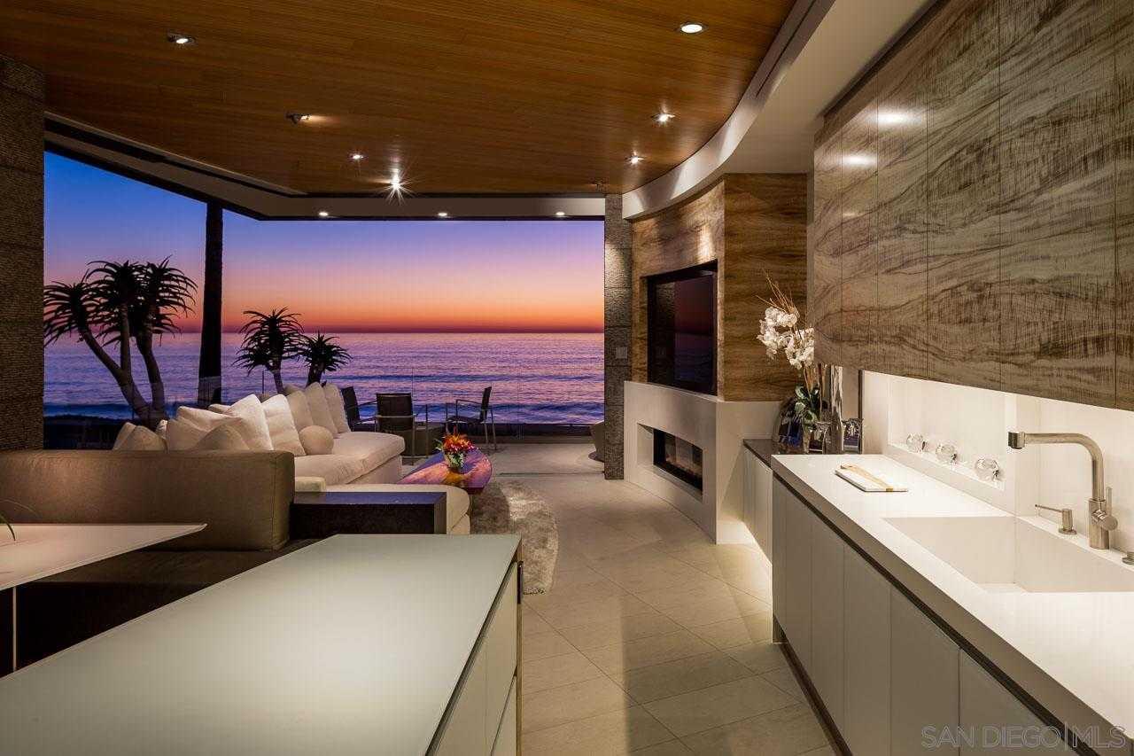 $9,000,000 - 3Br/5Ba -  for Sale in Beach Barber Tract, La Jolla