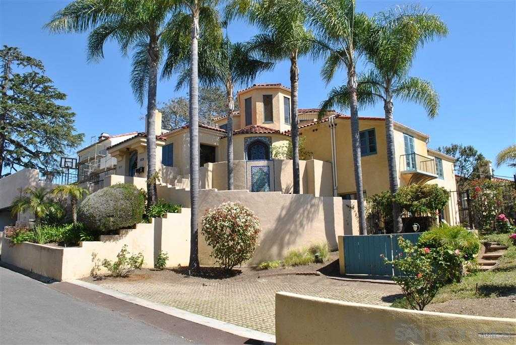 $2,250,000 - 5Br/4Ba -  for Sale in Avalon Heights, San Diego