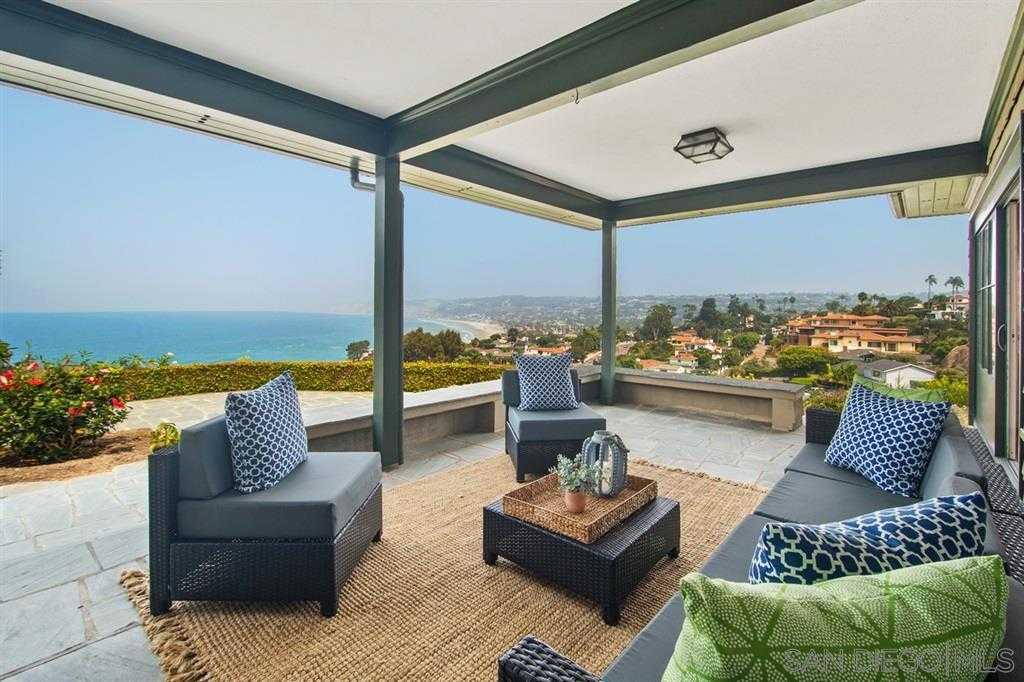 $3,220,000 - 3Br/3Ba -  for Sale in Country Club, La Jolla