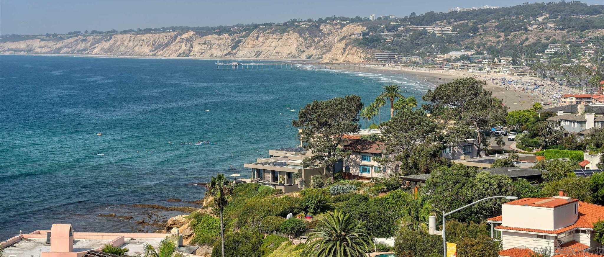 $3,995,000 - 3Br/5Ba -  for Sale in Country Club, La Jolla