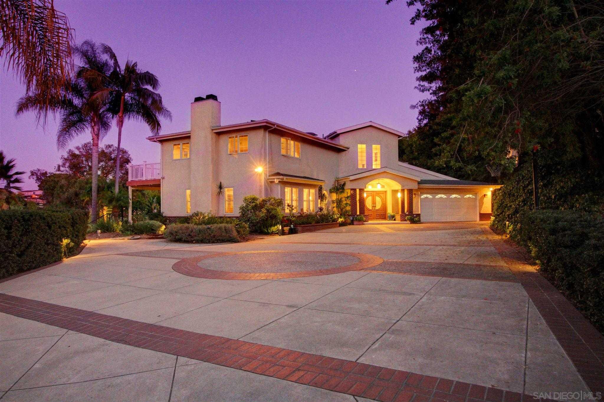 $1,650,000 - 5Br/5Ba -  for Sale in Mount Helix, La Mesa
