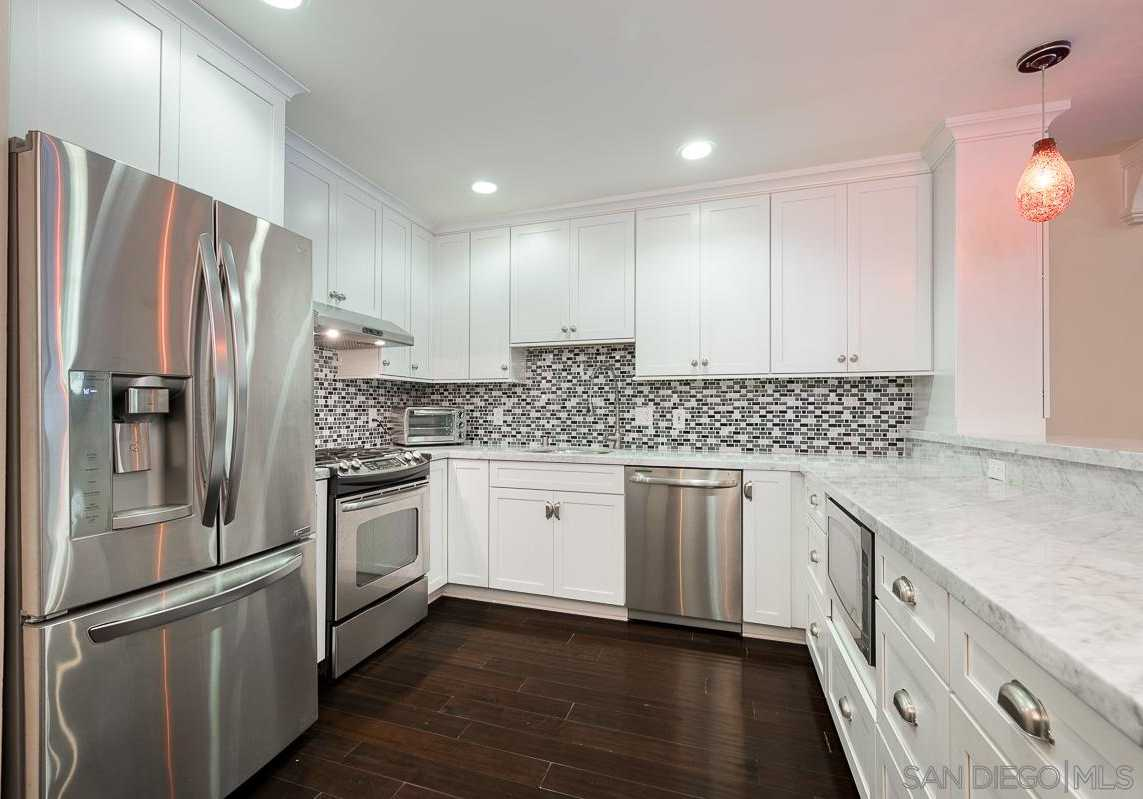 $389,999 - 2Br/2Ba -  for Sale in Mission Valley, San Diego