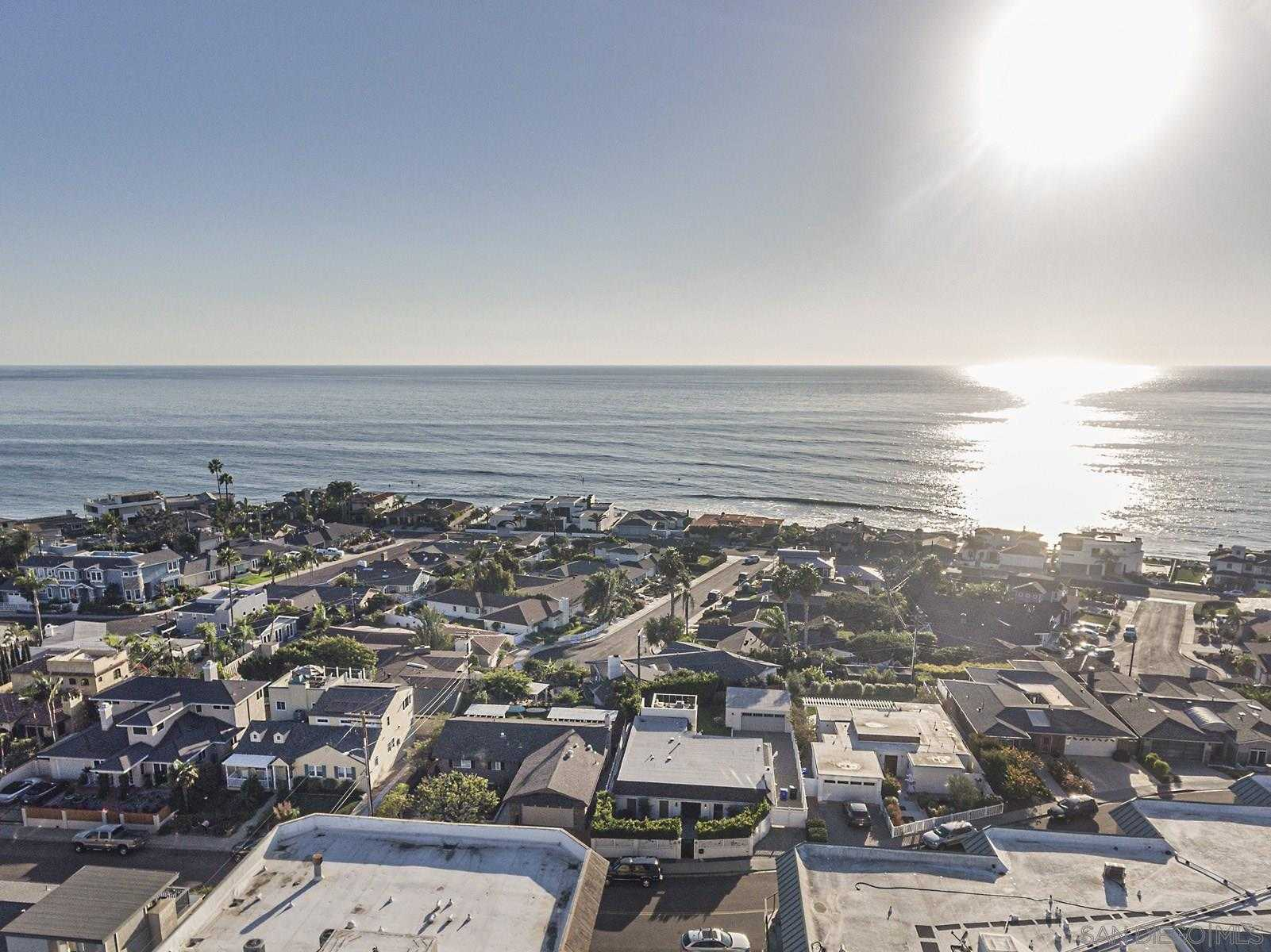 $1,798,000 - 4Br/5Ba -  for Sale in Birdrock, La Jolla