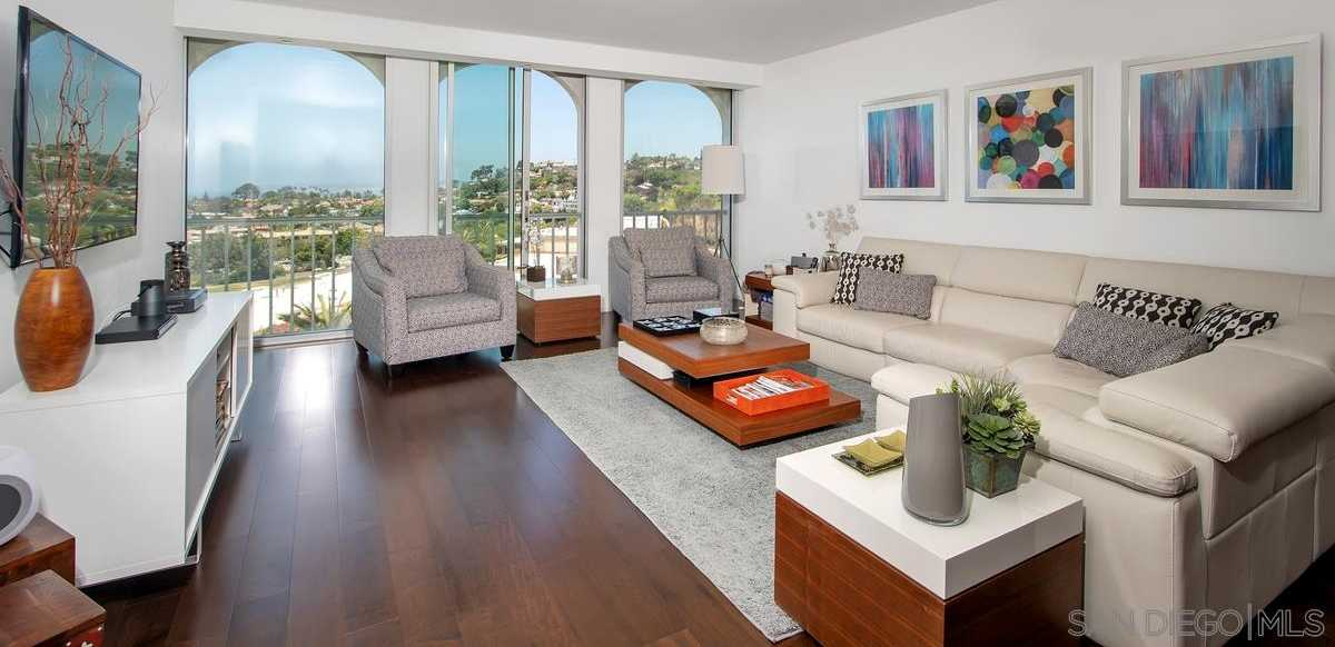 $1,895,000 - 2Br/2Ba -  for Sale in Village, La Jolla