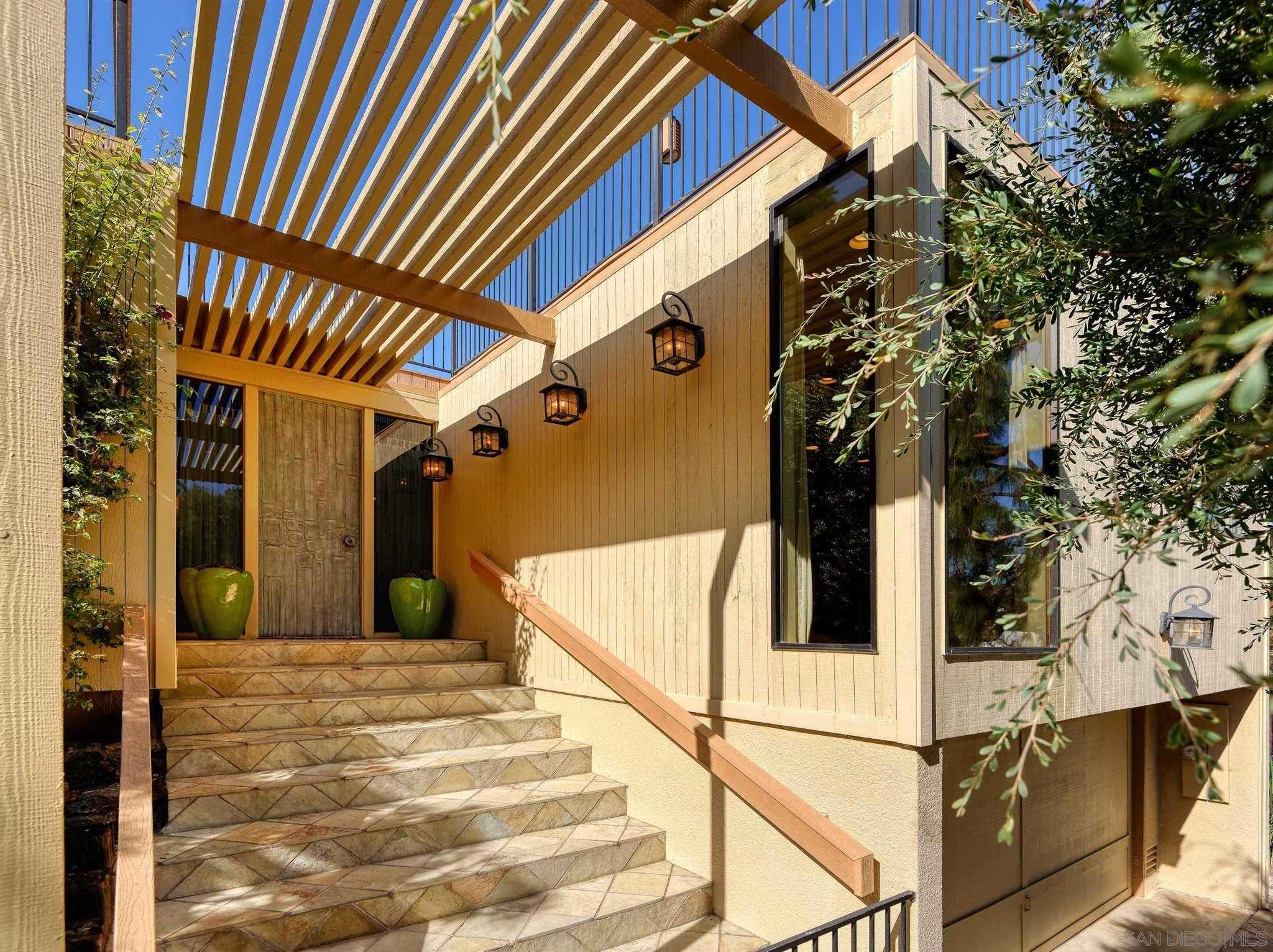 $3,875,000 - 5Br/5Ba -  for Sale in Muirlands, La Jolla