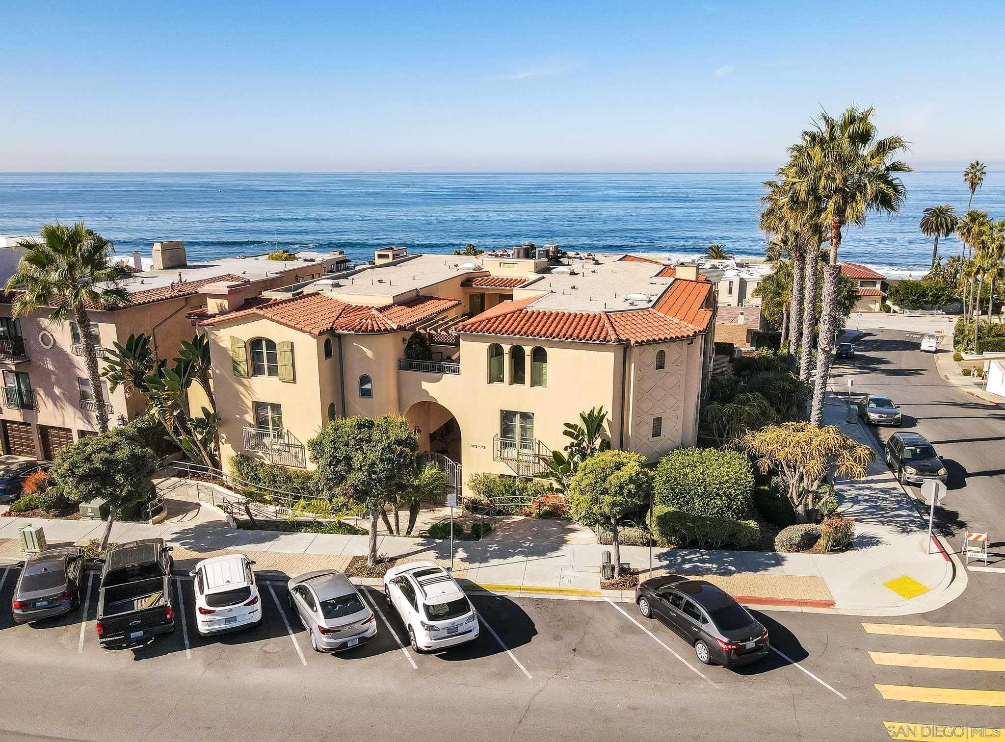 $3,200,000 - 3Br/3Ba -  for Sale in La Jolla Village, La Jolla