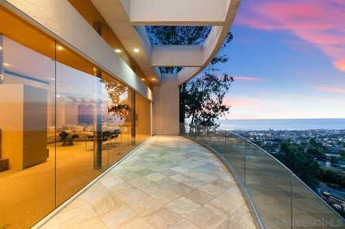 $6,980,000 - 4Br/4Ba -  for Sale in Muirlands, La Jolla