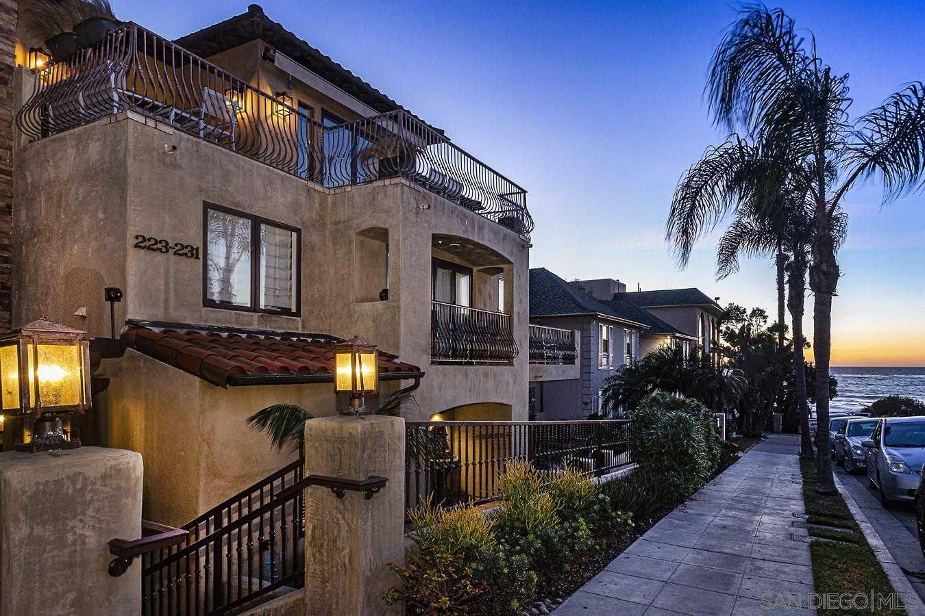 $1,899,000 - 3Br/4Ba -  for Sale in Windansea, La Jolla