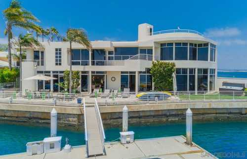 $7,999,000 - 4Br/6Ba -  for Sale in Green Turtle Cay, Coronado