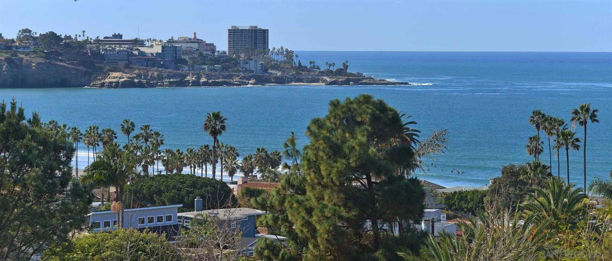 $4,800,000 - 4Br/4Ba -  for Sale in La Jolla Shores, La Jolla