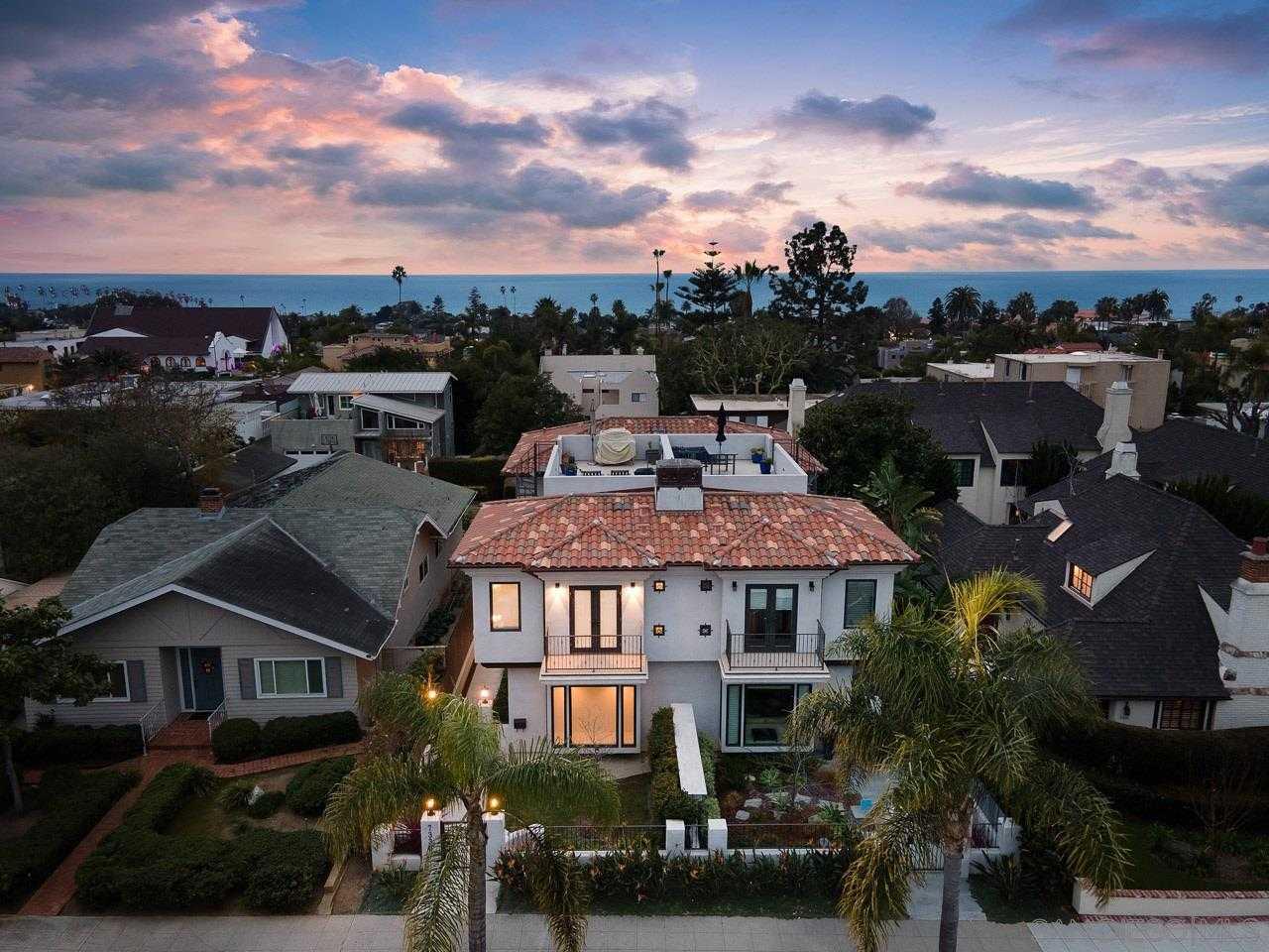 $2,295,000 - 3Br/3Ba -  for Sale in Village, La Jolla