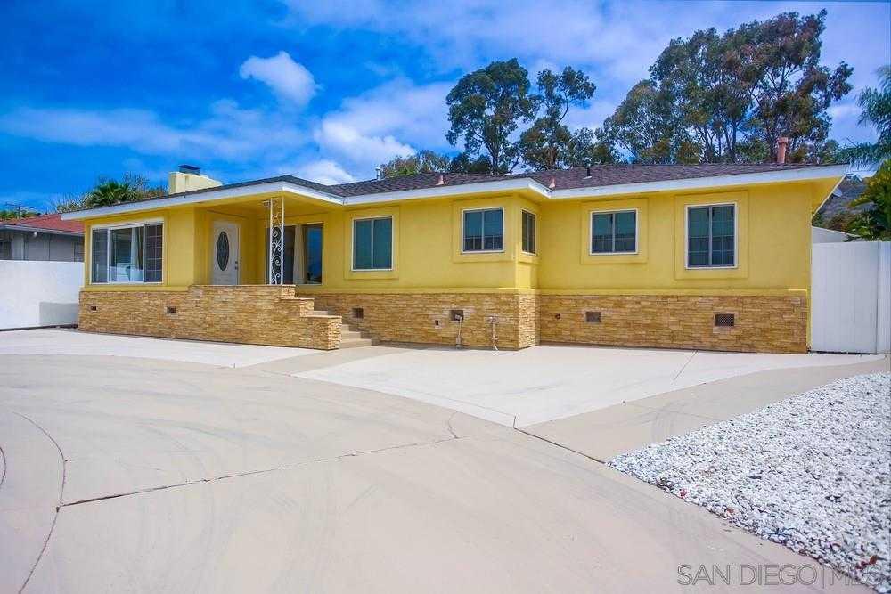 $2,375,000 - 3Br/3Ba -  for Sale in Lower Hermosa, La Jolla