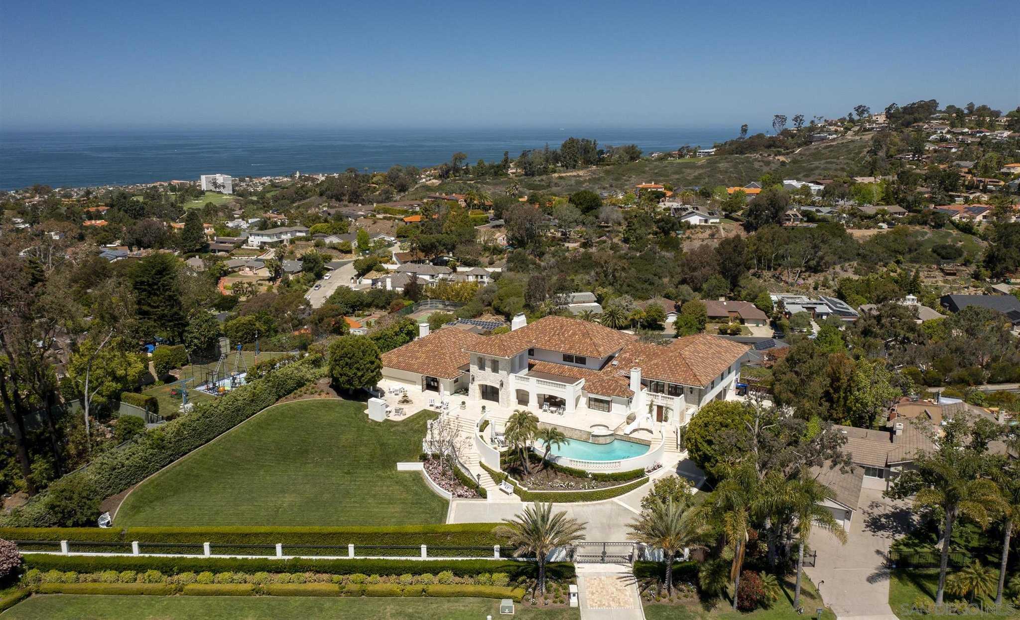 $7,998,000 - 5Br/9Ba -  for Sale in Muirlands, La Jolla