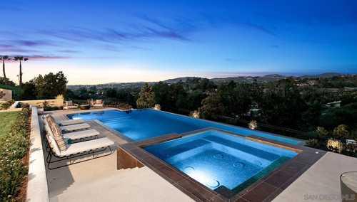 $11,995,000 - 6Br/8Ba -  for Sale in Covenant, Rancho Santa Fe