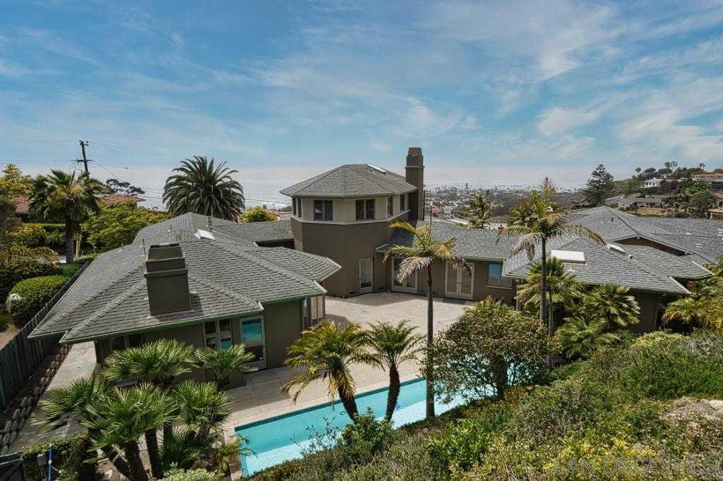 $3,395,000 - 3Br/3Ba -  for Sale in Muirlands, La Jolla