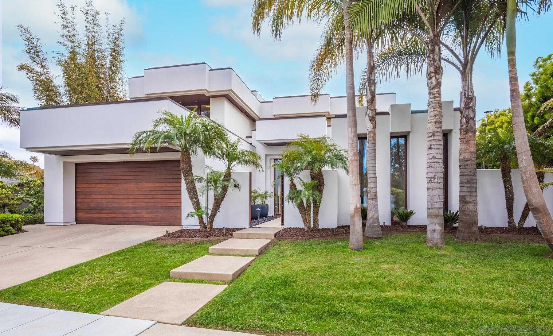 $5,650,000 - 4Br/5Ba -  for Sale in Lower Hermosa, La Jolla