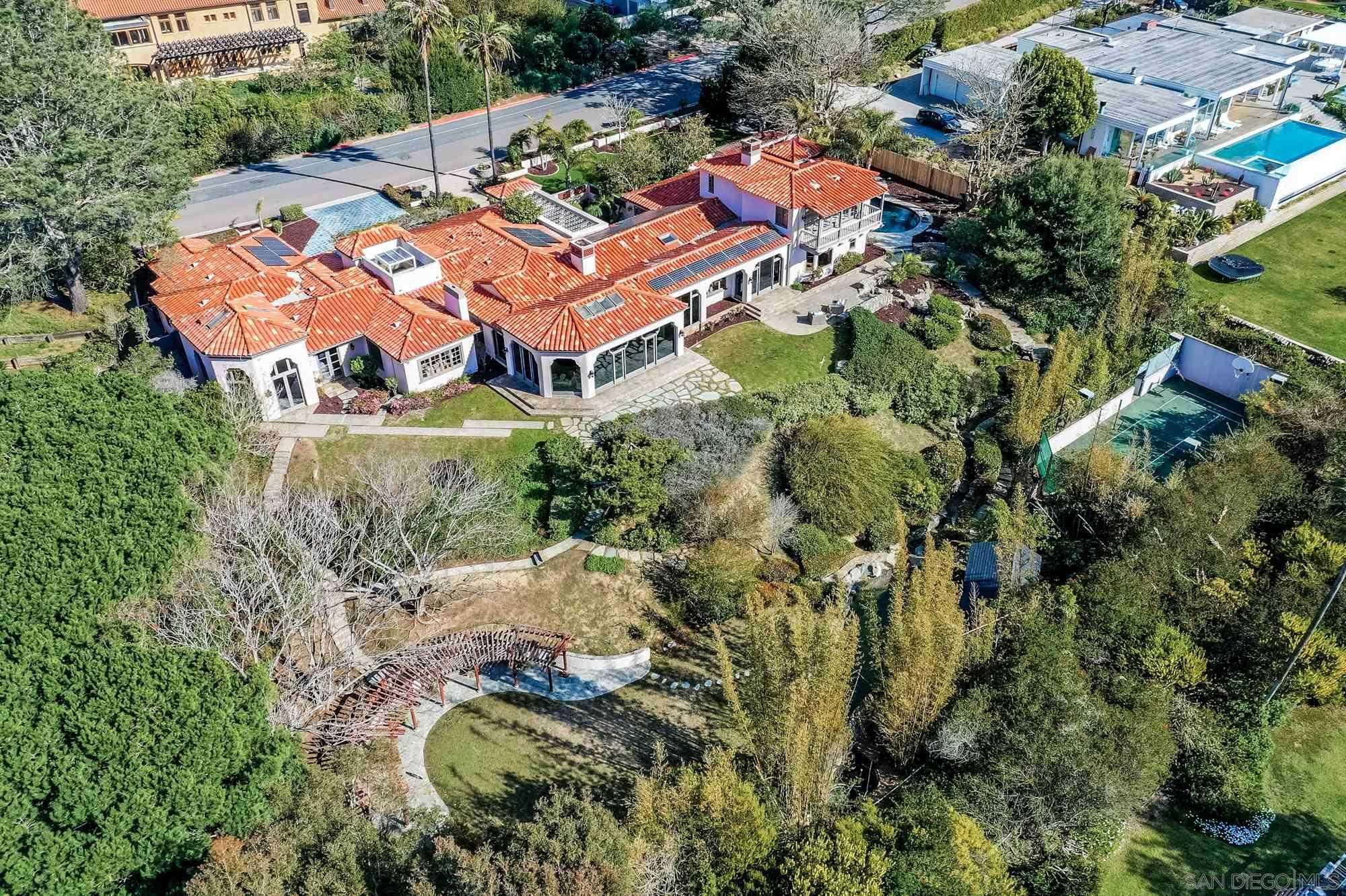 $7,999,000 - 4Br/5Ba -  for Sale in La Jolla Farms, La Jolla