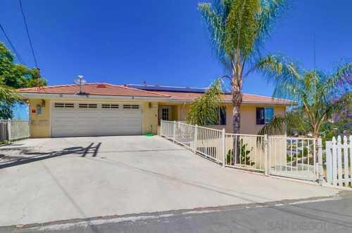 $1,200,000 - 6Br/4Ba -  for Sale in San Diego, La Mesa