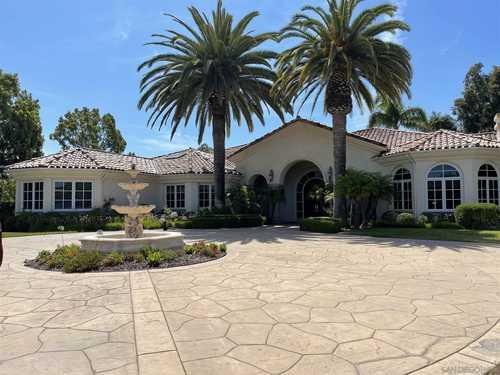 $8,995,000 - 5Br/7Ba -  for Sale in Del Mar Country Club, Rancho Santa Fe