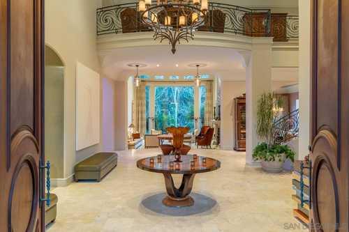 $5,739,000 - 6Br/7Ba -  for Sale in Fairbanks Ranch, Rancho Santa Fe